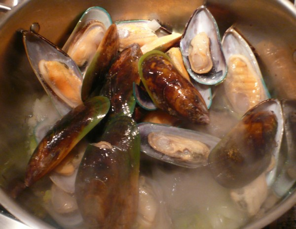 Escoffier mussel broth
