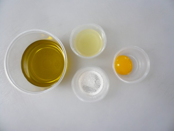 Mise-en-place for mayonnaise